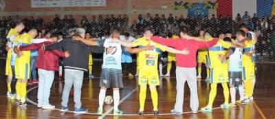 Antes do jogo da categoria livre, foi respeitado um minuto de silêncio em homenagem a Suzana Couto da Silva