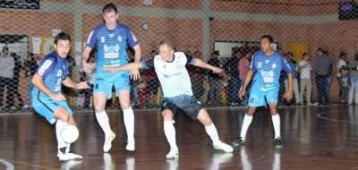 Semifinais do Municipal de Futsal começam com vitória da Semal e empate entre Ewaldo Prass e Inova