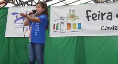 Concurso de poesia estudantil movimenta a Feira do Livro