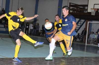 Municipal de futsal: vitórias do Palmeiras, Real/Potrich e Vilareal