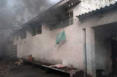 Bombeiros Voluntários controlam incêndio no Presídio Estadual de Candelária