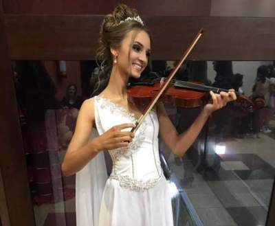 Emanuela na apresentação dos talentos das candidatas