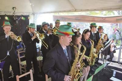 Orquestra de Candelária conquista mais uma plateia