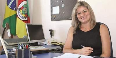 Esther Spengler pede exoneração do cargo de secretária de Educação