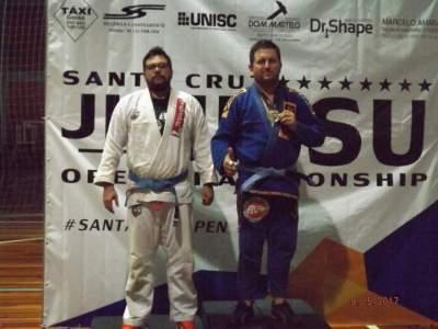 Candelarienses se destacam em competição de Jiu-Jitsu