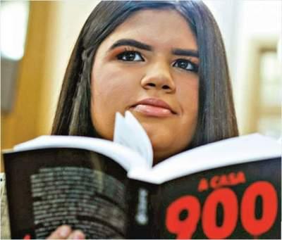 Estudantes se unem para realizar projeto intitulado A Casa 900