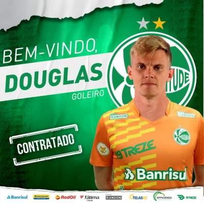 Bahia anuncia empréstimo de goleiro Douglas Friedrich ao Juventude