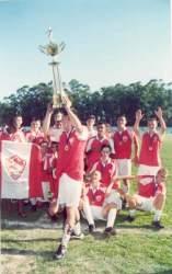 Em 2000, categoria juvenil do Juventude comemora o título invicto do metropolitano conquistado no Estádio Darcy Martin