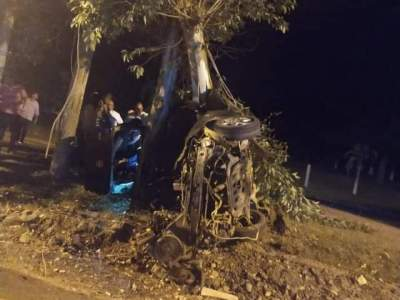 Acidente deixa quatro pessoas feridas na ERS-400