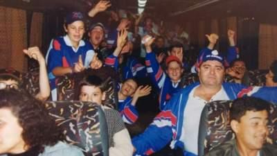 A delegação do Atlético retornando do Paraná - Arquivo Rodolfo Feldmann