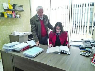 Os advogados Doribio Grunevald e Alessandra Scherer da Silveira