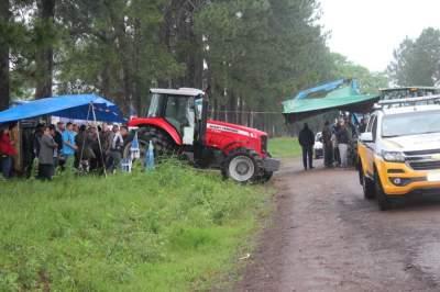 Moradores bloqueiam a ERS-410 em protesto contra as más condições da rodovia