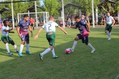 Jogo foi equilibrado e com chances de gols para as duas equipes