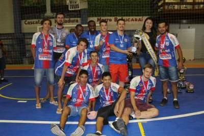 A equipe do Atlético: vice-campeã da categoria Sub 17