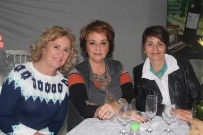 Gladis Oliveira, Lorena Gazzale e Jussara Voese