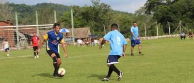 Ewaldo Prass 4 x 2 Estrela (veteranos)