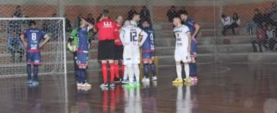 Faltas marcadas contra o Atlético foram decisivas para o resultado