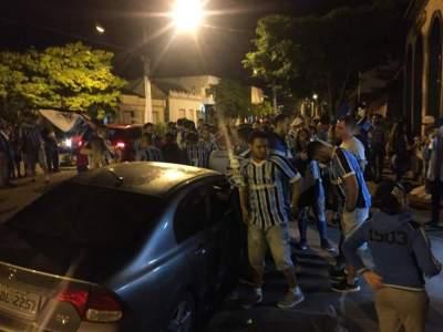 FOTOS: veja a festa da torcida do Grêmio nas ruas de Candelária