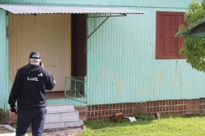 Homem é encontrado morto em sua casa na Vila Fátima