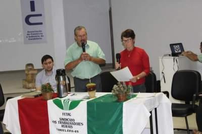 Resultado da eleição foi divulgado por Romilda de Oliveira Bernardy (à direita), da comissão eleitoral da entidade