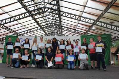 Todos os participantes receberam um certificado