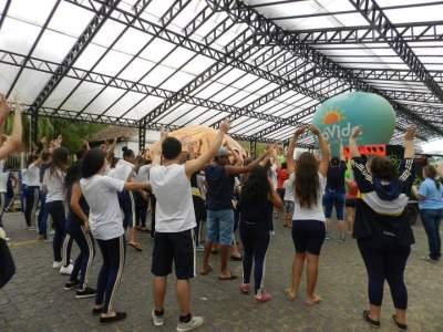 Público entrou no ritmo da proposta, que é fazer alguma atividade física