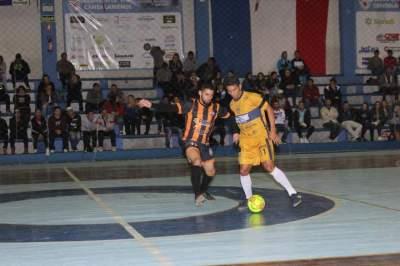 Municipal de Futsal: Definidas as semifinais na categoria livre