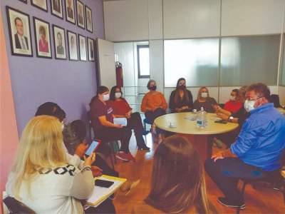 Encontro na 13ª CRS reuniu representantes dos municípios e do Hospital Candelária (Foto: Jornal Serrano)